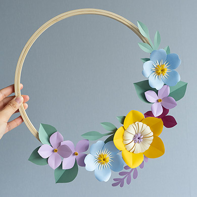 Easy DIY paper wreath