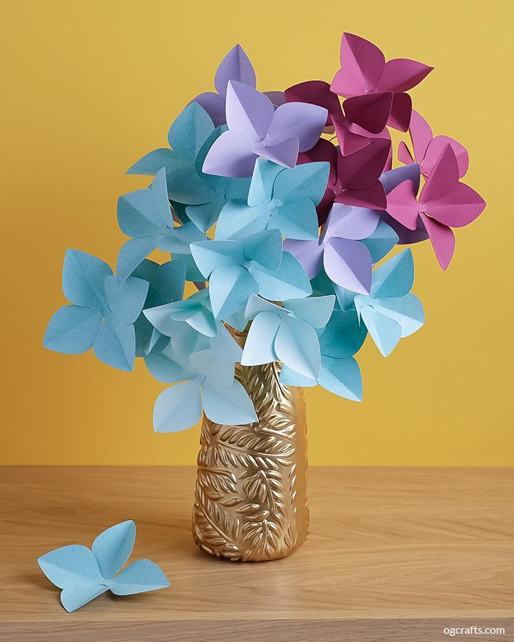 DIY paper hydrangea bouquet