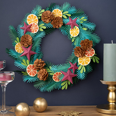 DIY paper Christmas wreath tutorial